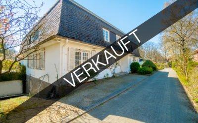 Hamburg – Volksdorf | Idylische Landhausvilla mit Wellnessbereich in privilegierter Wohnlage