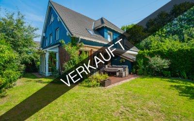 Hamburg –  Rahlstedt | Moderne Doppelhaushälfte idylilisch gelegen mit viel Platz & sonnigen Garten