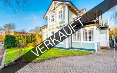 Hamburg – Alt Rahlstedt | Sanierte Jugendstilvilla mit derzeit zwei Einheiten auf schönem Grundstück