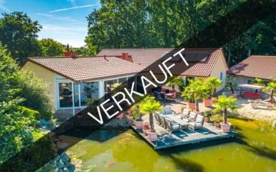 Bremerhaven – Spaden | Luxeriöse Villa auf idyllischem Grundstück mit einem Schwimmteich, Gästehaus & Strand